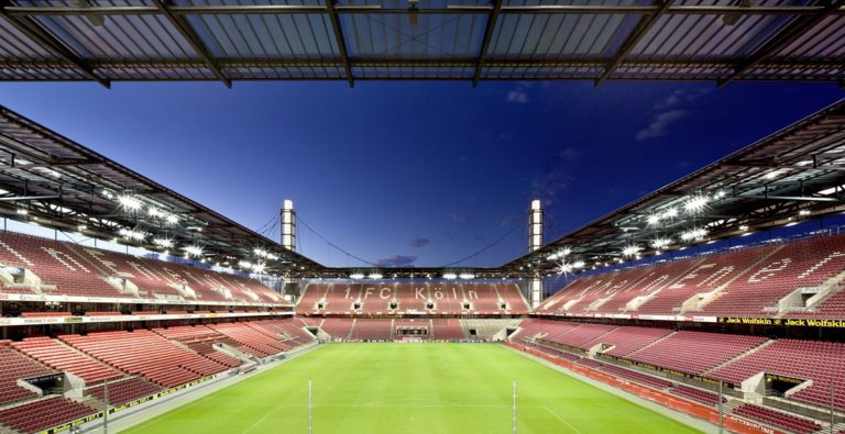 Warehouse Club meets RheinEnergieStadion